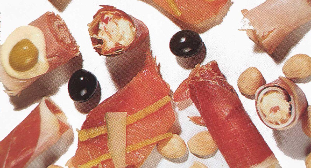 Canapés de jamón serrano y queso
